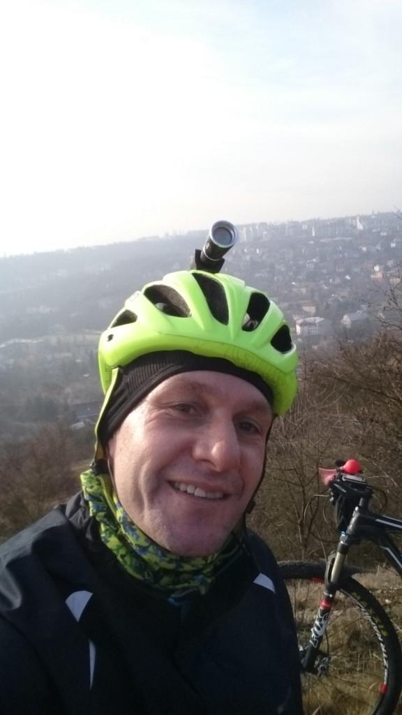 Když bylo pěkně a trochu času, tak jsem cestu do práce protáhnul přes Prokopské údolí s krásnými výhledy